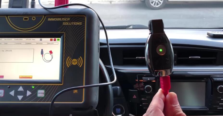 Toyota Corolla 2013+ Keyless Go All Keys Lost Programming by Zed-Full (9)