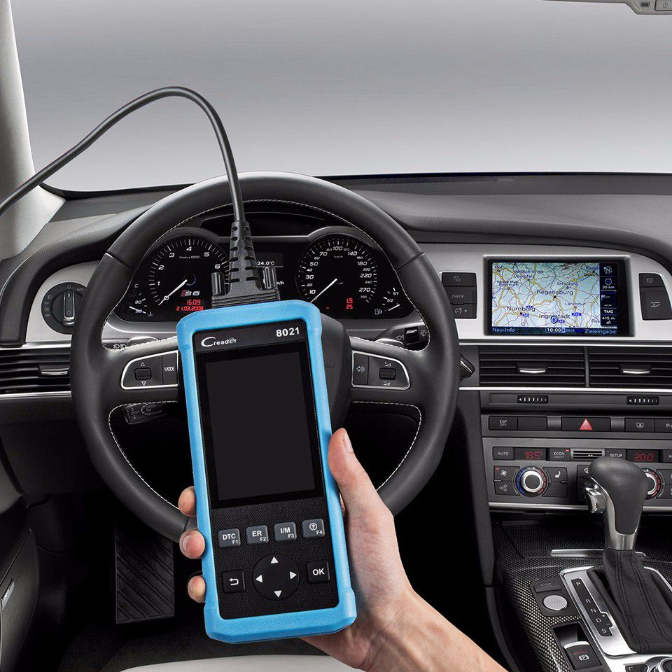 Using a Diagnostic Car Code Reader You Don't Need to Go to the repair shop